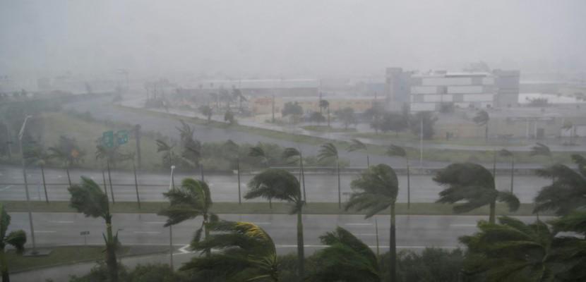 Trois morts en Floride pilonnée par l'ouragan Irma