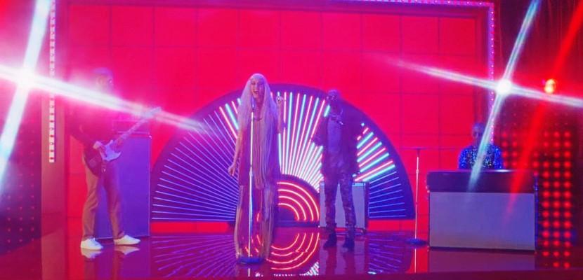 Calvin Harris fait son entrée sur le podium de la Tendance List!