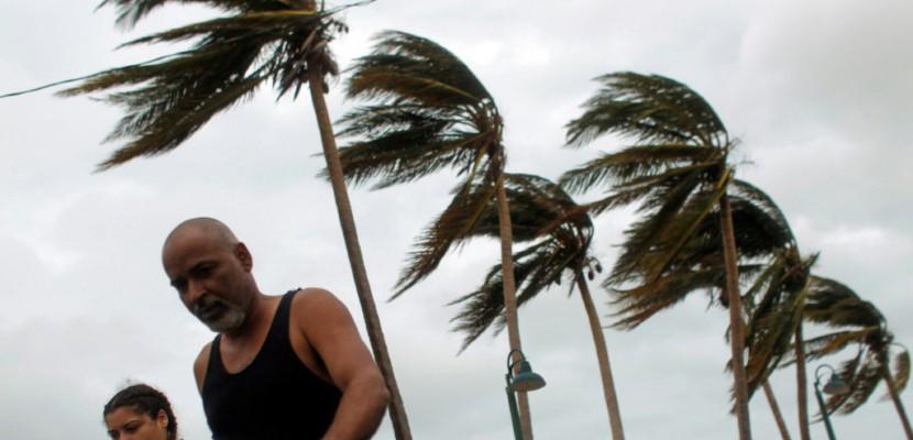 "L'ouragan Maria fait 18 morts dans les Caraïbes, Porto Rico ""anéanti"""