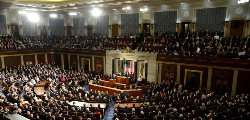 Etats-Unis: le Congrès adopte le budget, facilitant la réforme fiscale