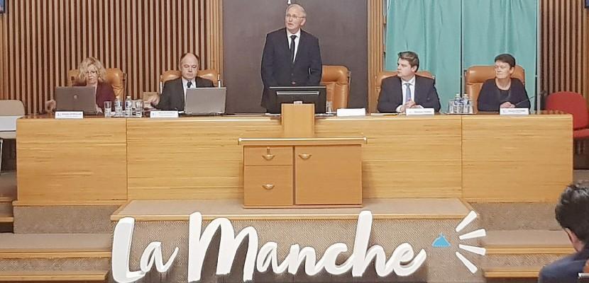 Manche : Marc Lefèvre élu président du Conseil départemental