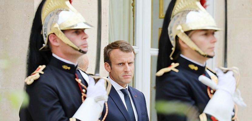 Macron: 6 mois de réformes au pas de charge et un style autoritaire
