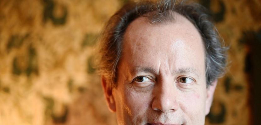 Jean-René Van der Plaetsen lauréat du prix Interallié