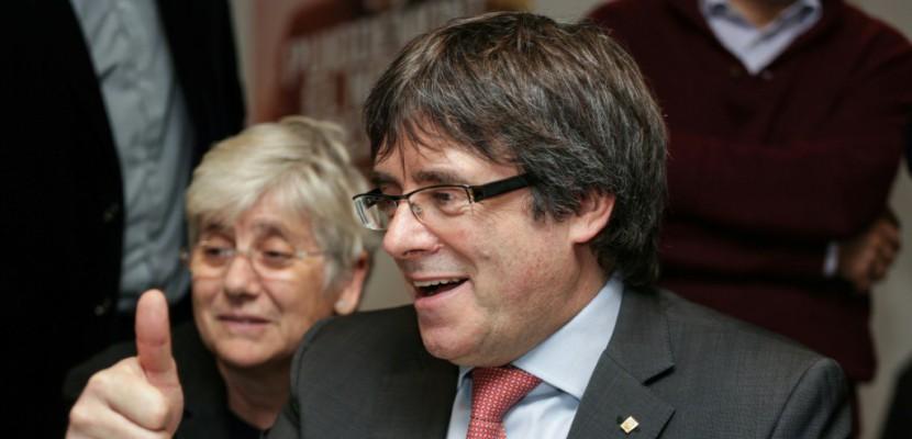 Catalogne: les indépendantistes confirment, un défi majeur pour Madrid