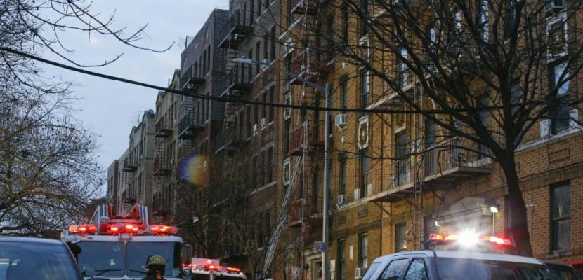 Quatre enfants parmi les 12 morts du pire incendie à New York depuis 1990