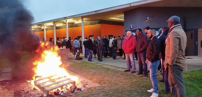 Deuxième semaine de blocus au centre pénitentiaire de Condé-sur-Sarthe