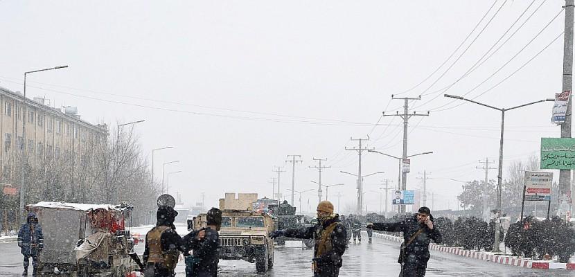 Afghanistan: après les bombes, Kaboul secouée par un séisme dans le nord-est