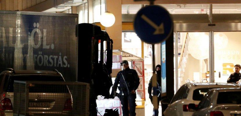 Ouverture du procès d'un Ouzbek pour l'attentat au camion-bélier de Stockholm en 2017