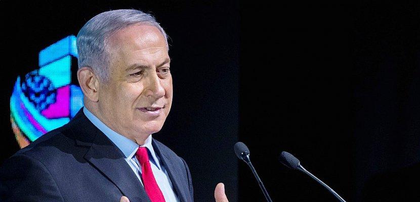Israël: Netanyahu balaie les appels à la démission malgré la menace d'inculpation