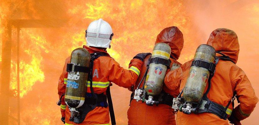 Seine-Maritime: un bâtiment agricole détruit par les flammes