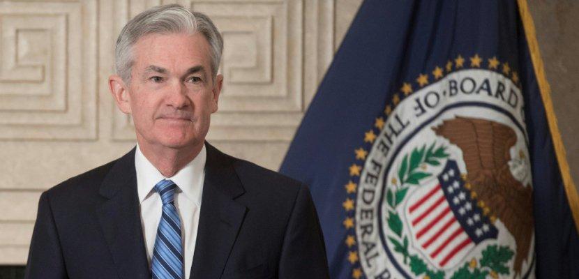 Les hausses de taux vont continuer vu l'économie florissante, promet la Fed