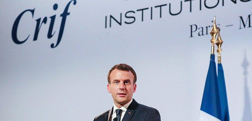 Au dîner du Crif, Macron promet de renforcer la lutte contre la cyberhaine