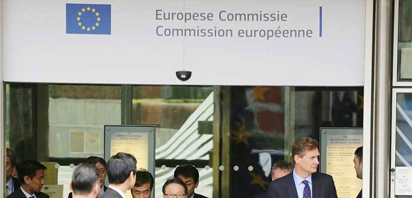 """Taxes américaines: l'UE attend des """"clarifications"""" et met en garde Washington"""