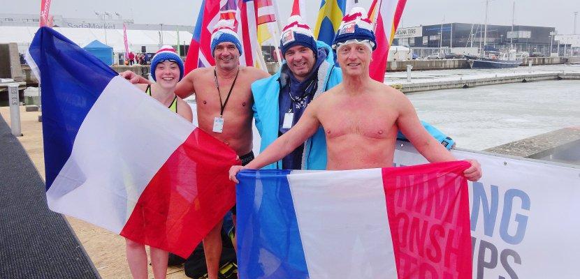 Deux sportifs de Normandie médaillés au championnat du monde de nage hivernale... dans une eau à 0,2 degré !
