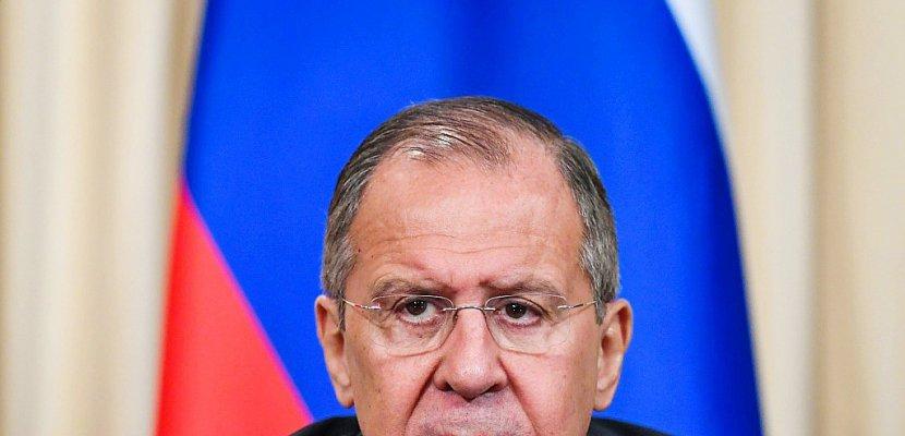 """Ex-espion empoisonné: la Russie va """"bien sûr"""" expulser des diplomates britanniques annonce Lavrov"""