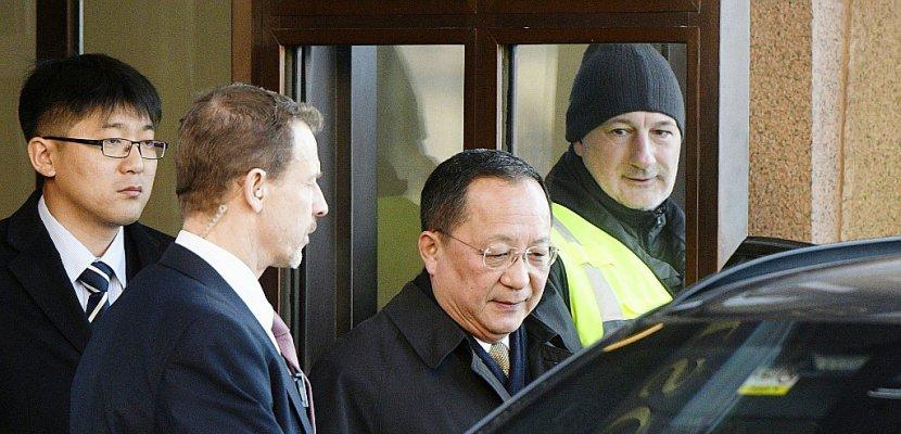 Le chef de la diplomatie nord-coréenne mène des consultations à Stockholm