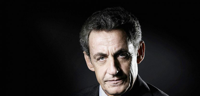 """Mis en examen, Sarkozy invoque l'absence de """"preuve matérielle"""" et dénonce """"l'enfer"""" de la """"calomnie"""""""