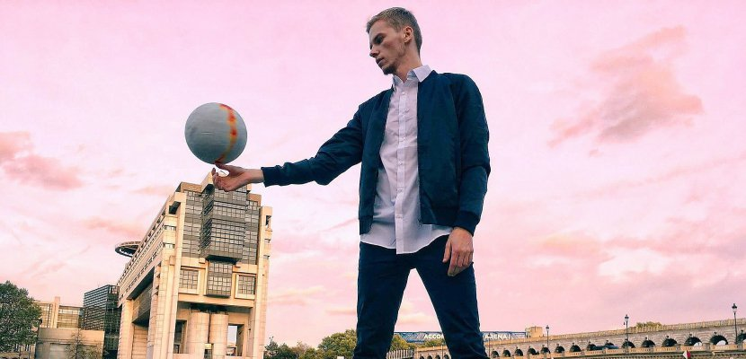 [RENCONTRE] Valentin veut développer le football freestyle en Normandie