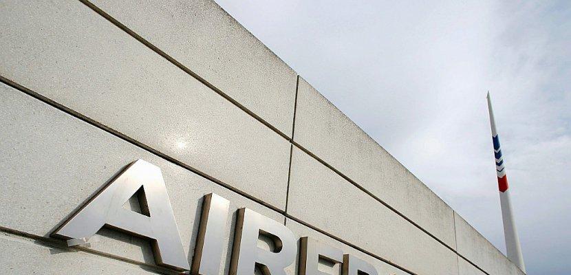 Grève à Air France: 70% des vols assurés mardi