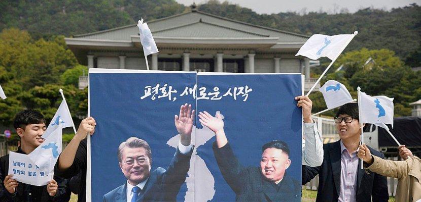 Moon et Kim se retrouveront sur la ligne de démarcation avant leur sommet
