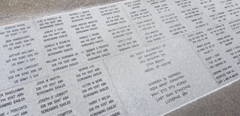 Manche: une allée des vétérans créée à l'Airborne Museum de Sainte-Mère-Église