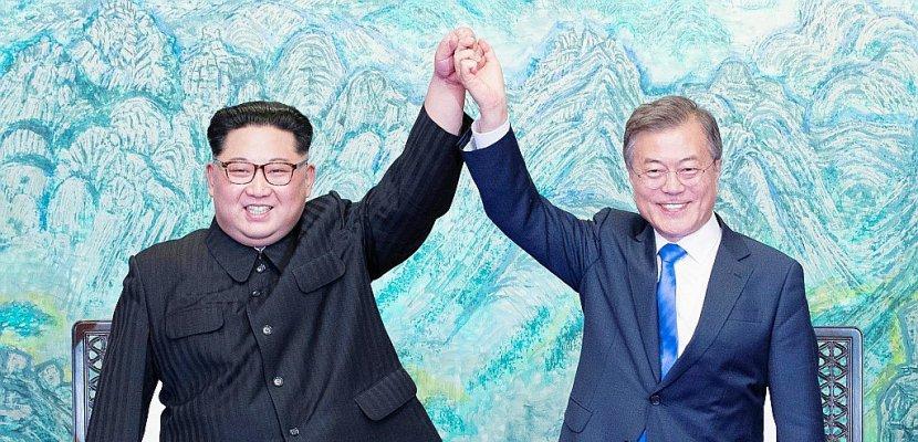 """La Corée du Nord célèbre un sommet qui ouvre """"une nouvelle ère"""""""