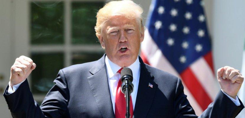 """Trump dénonce de nouveau """"l'horrible"""" accord sur le nucléaire iranien"""