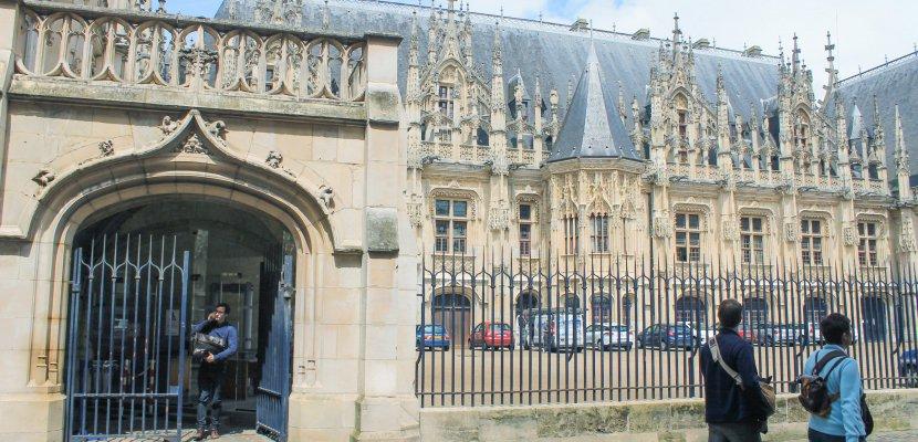 Pris en flagrant délit de cambriolage à Rouen, deux individus condamnés