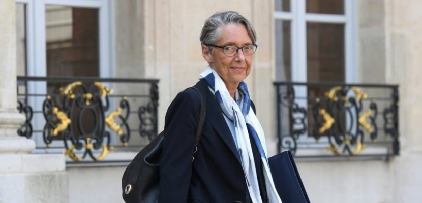 SNCF: gouvernement et direction repartent à l'offensive