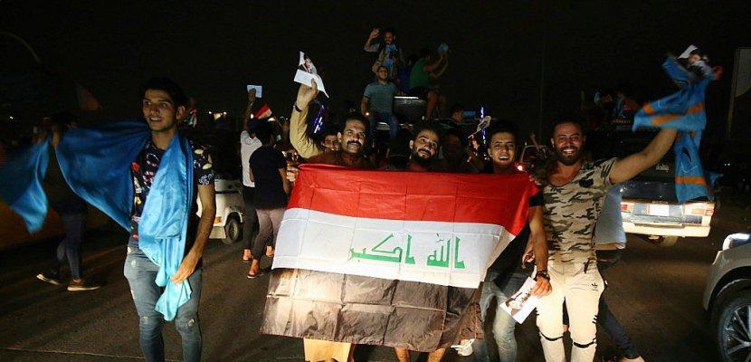 Législatives en Irak: le Premier ministre devancé par deux listes anti-système
