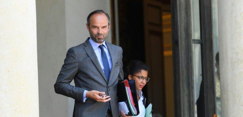 """SNCF: pas de privatisation, """"la loi sera sans ambiguïté"""", promet Philippe"""