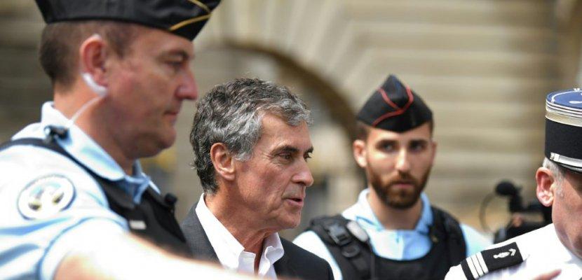 Jérôme Cahuzac condamné à 2 ans ferme, devrait échapper à la prison