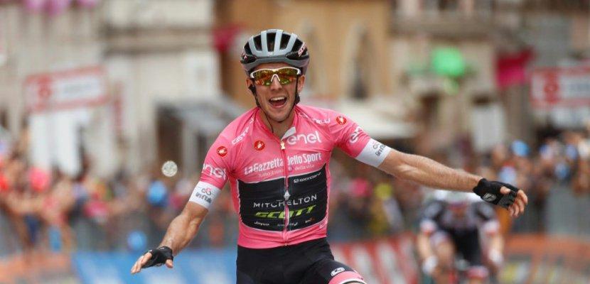 Tour d'Italie: le leader Simon Yates en solo dans la 11e étape