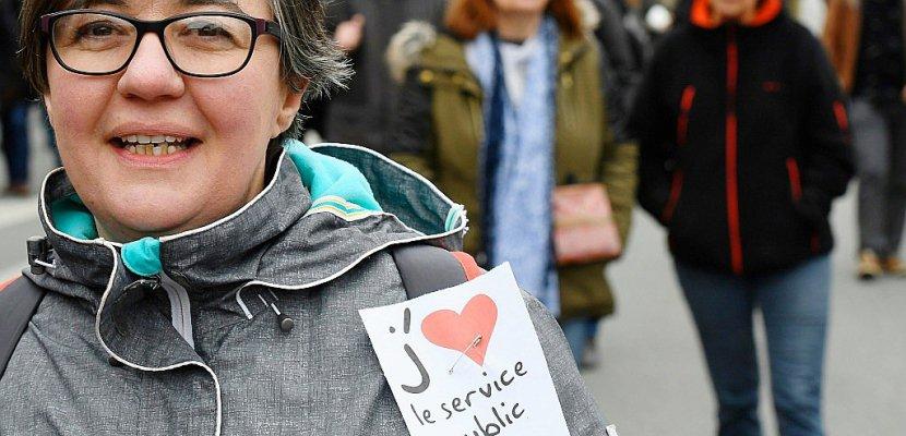 France: grève et manifestations des fonctionnaires, dont le mécontentement grandit