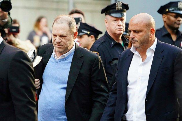 Harvey Weinstein prêt à plaider non coupable, la bataille judiciaire commence