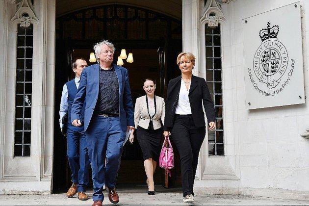 Avortement en Irlande du Nord: la Cour suprême refuse de trancher