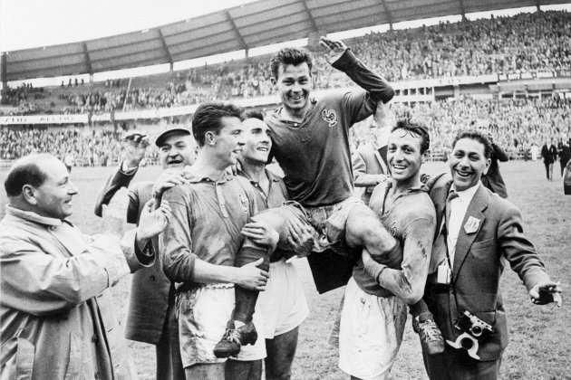 """Football :trois normands écrivent les """"Histoires insolites de la Coupe du monde"""""""