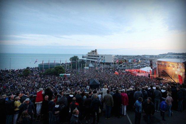Tendance Live à Granville : concert gratuit et feu d'artifice