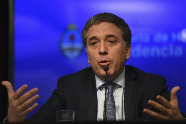Course au dollar en Argentine, le gouvernement cherche à rassurer