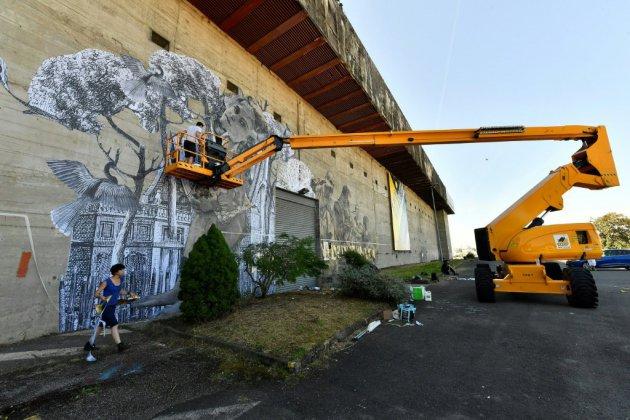 """Bordeaux: les """"Légendes urbaines"""" dans une base sous-marine"""
