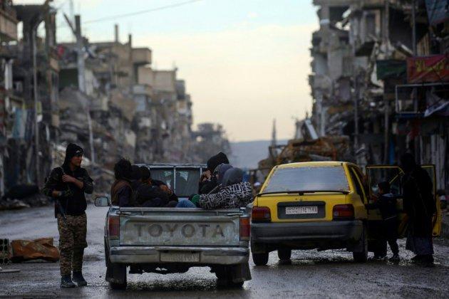 Syrie: couvre-feu à Raqa contre l'EI et le mécontentement populaire