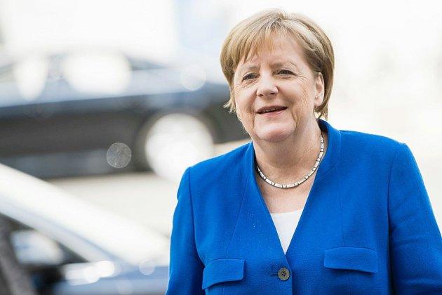 Allemagne: l'accord de Merkel sur les migrants déjà critiqué