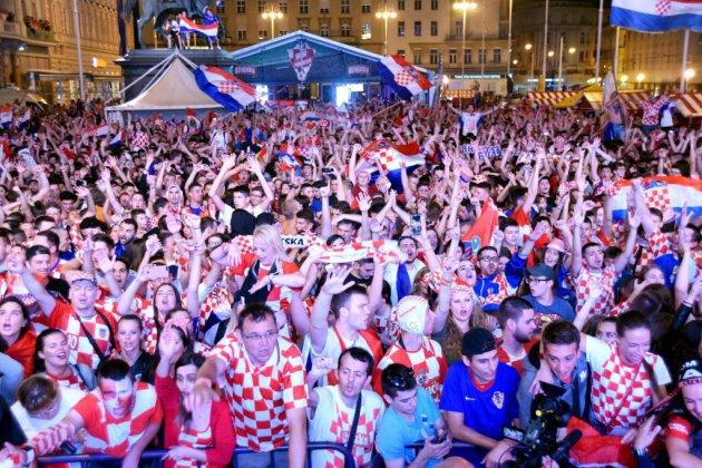 """Mondial-2018 - Croatie: la cravate, la mer et du """"nogomet"""""""