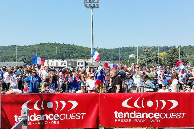 [photos et vidéos] Les bleus champions du monde: joie en Normandie