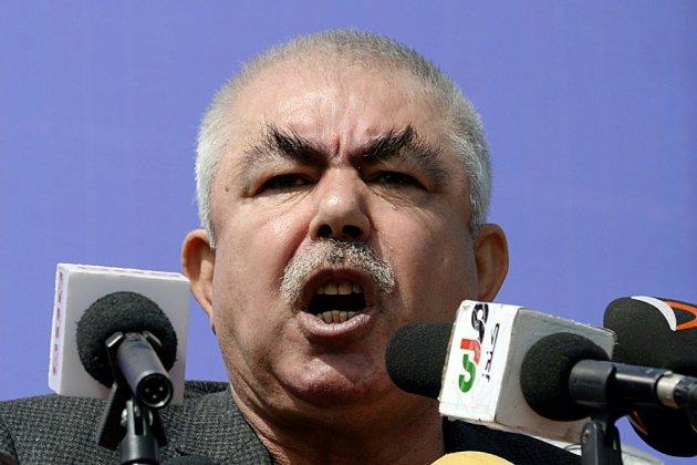 Afghanistan: le chef de guerre Dostum accueilli à Kaboul par un attentat