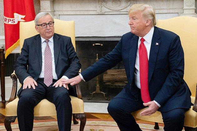Accord Trump-Juncker: l'UE partagée entre satisfecit allemand et lignes rouges françaises