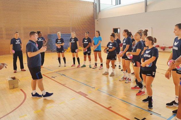 Handball (D2 féminine): C'est la reprise au HAC, obnubilé par la montée en D1