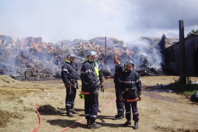 Incendie agricole et explosion près de Lessay