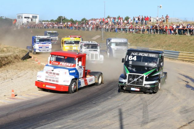 Camion Cross (Coupe de France) : les Normands trustent les podiums à Lessay !