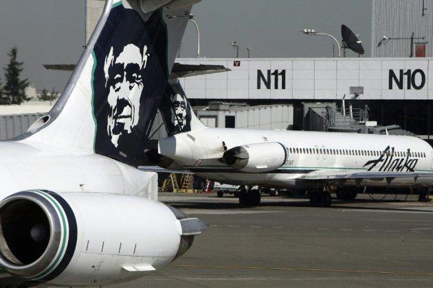 """Un mécanicien """"suicidaire"""" vole un avion vide et s'écrase dans la baie de Seattle"""